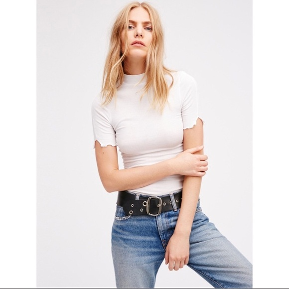 38e3607d6c3 🎉SALE🎉 FREE PEOPLE white ribbed mock neck tee
